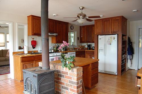 cardinal-point-farmhouse-kitchen
